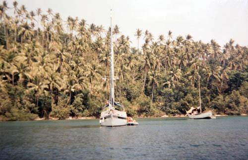site_filipinas_puerto_galera_praia