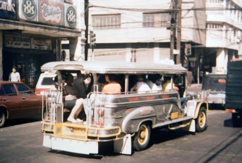 Jipes de transporte de pessoas