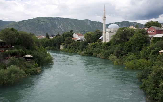 vista da ponte de Mostar