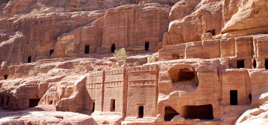 petra-cavernas2