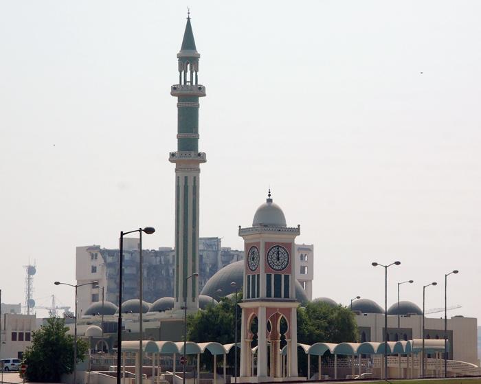 Clock tower e grande mesquita