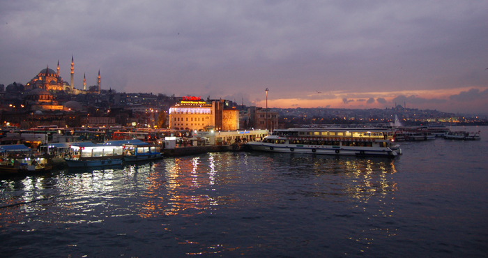 Istambul - corno de ouro e mesquita nova