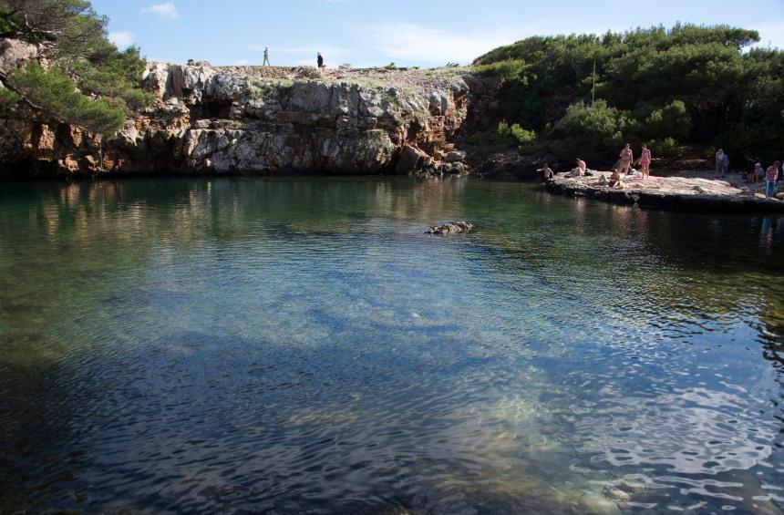 piscina natural em Lokrum