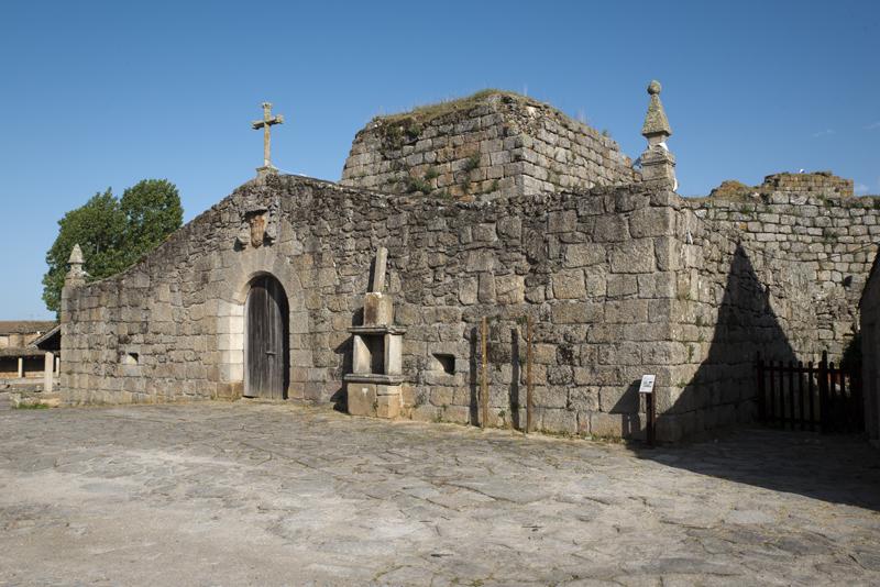 porta principal de acesso ao castelo