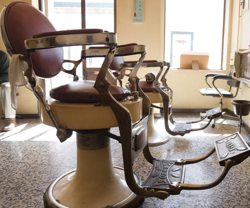 as cadeiras quase centenárias
