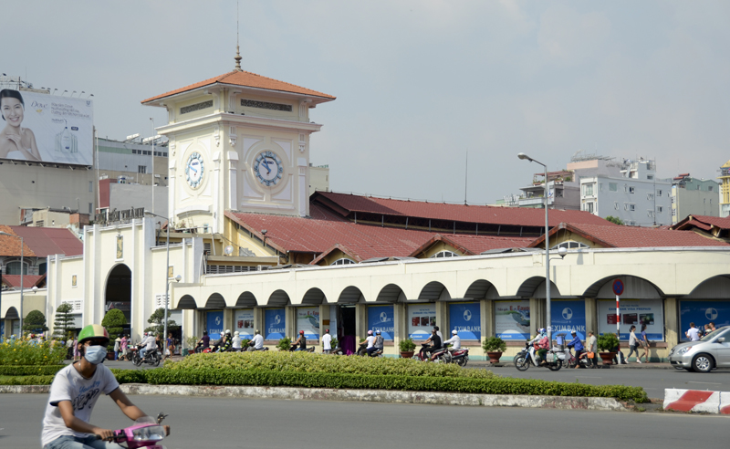 entrada principal no Ben Thanh