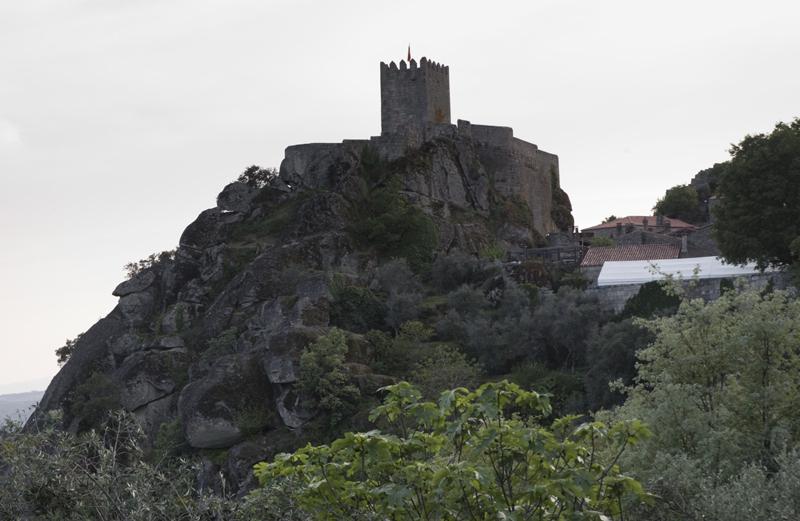 O castelo visto à entrada de Sortelha