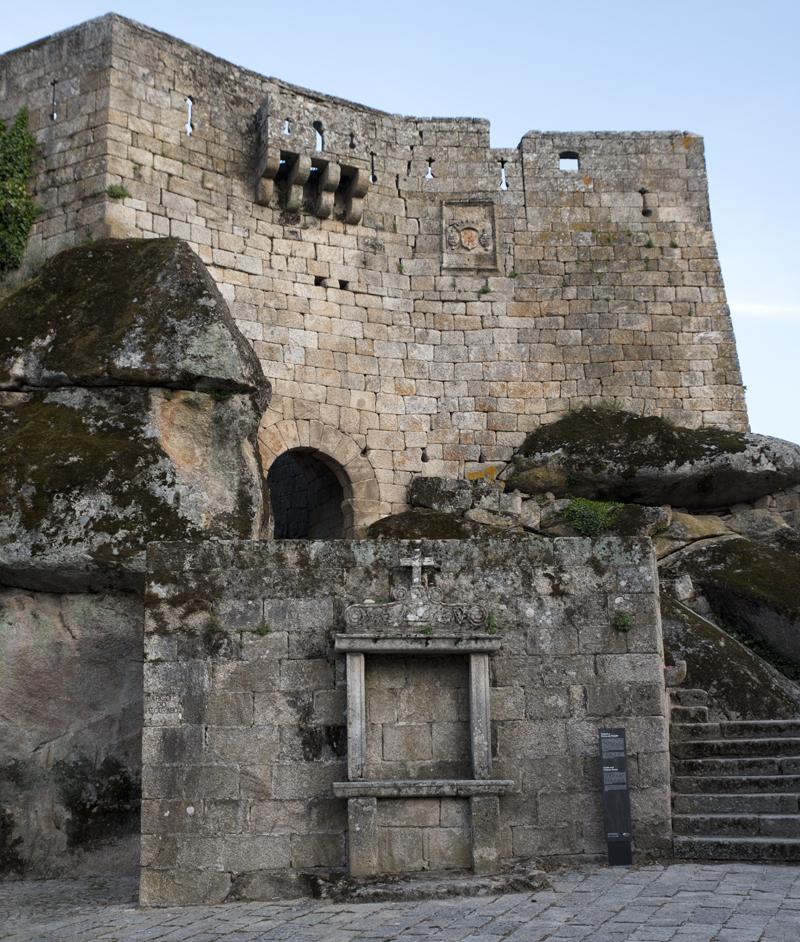 Castelo e Via Sacra