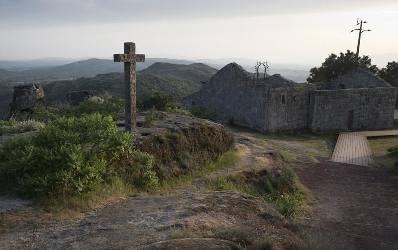 ruínas da igreja da Misericórdia.