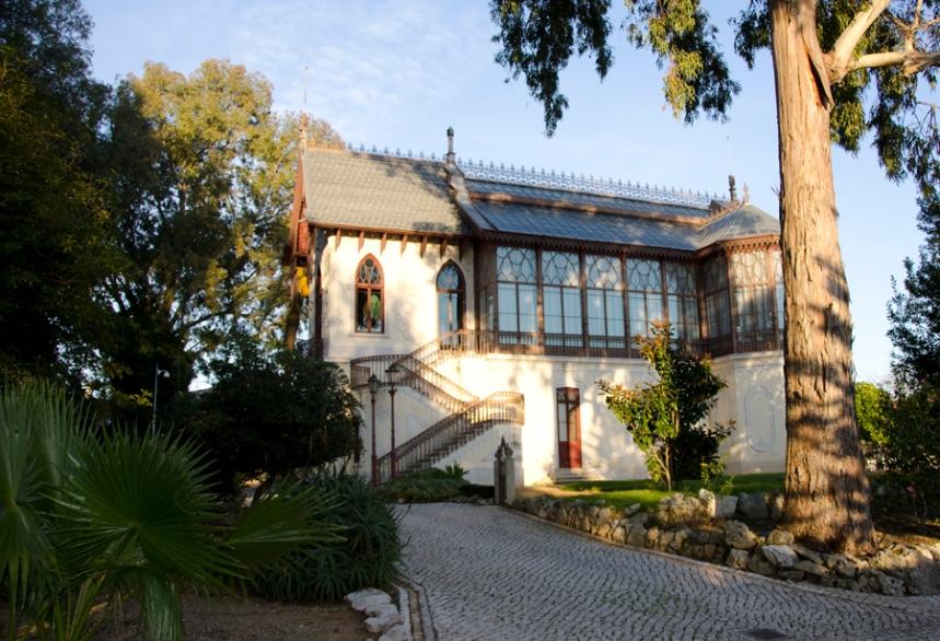 Jardim e Casa-Estúdio