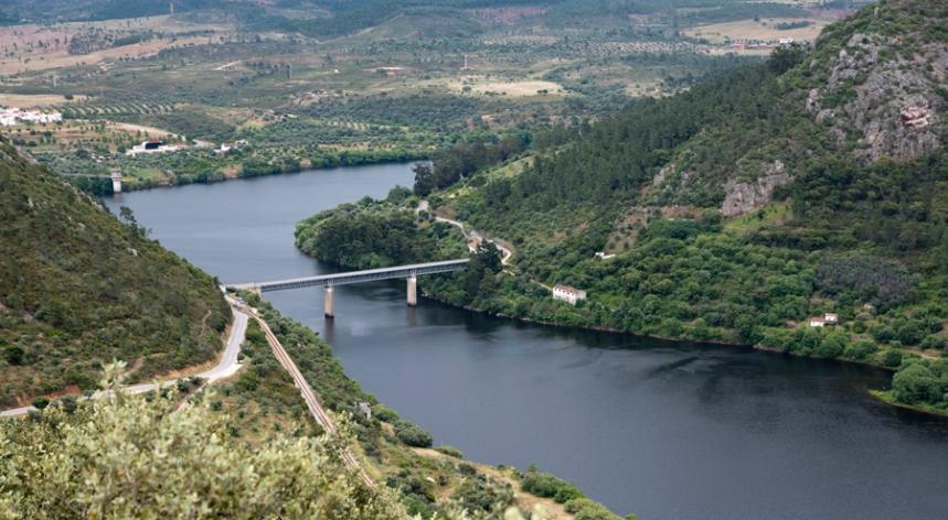 Ponte rodoviária de Vila Velha de Ródão