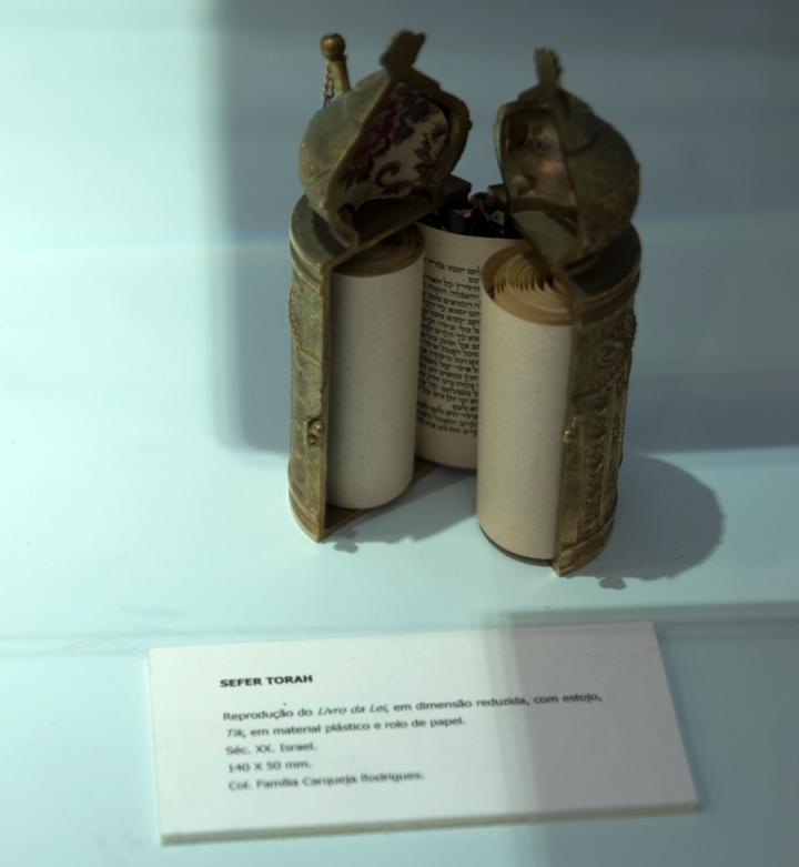 Torá no Museu Judaico de Belmonte