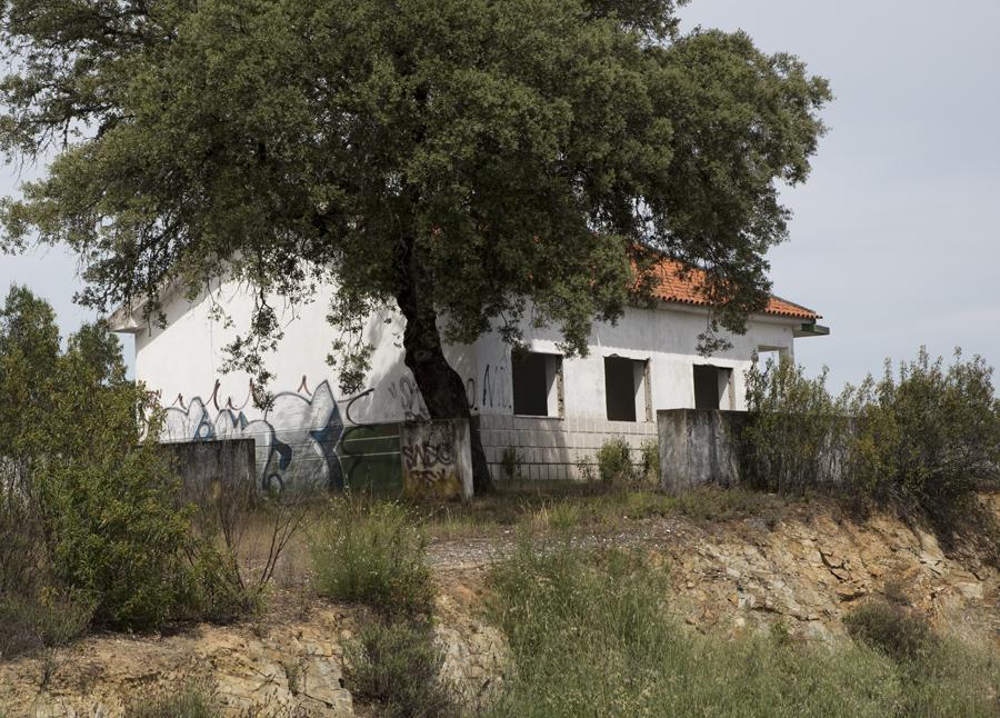 Antigo posto da Guarda Fiscal na fronteira
