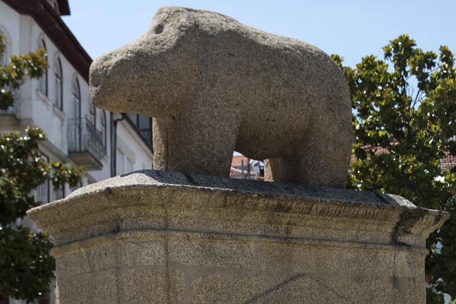Estátua da Porca de Murça