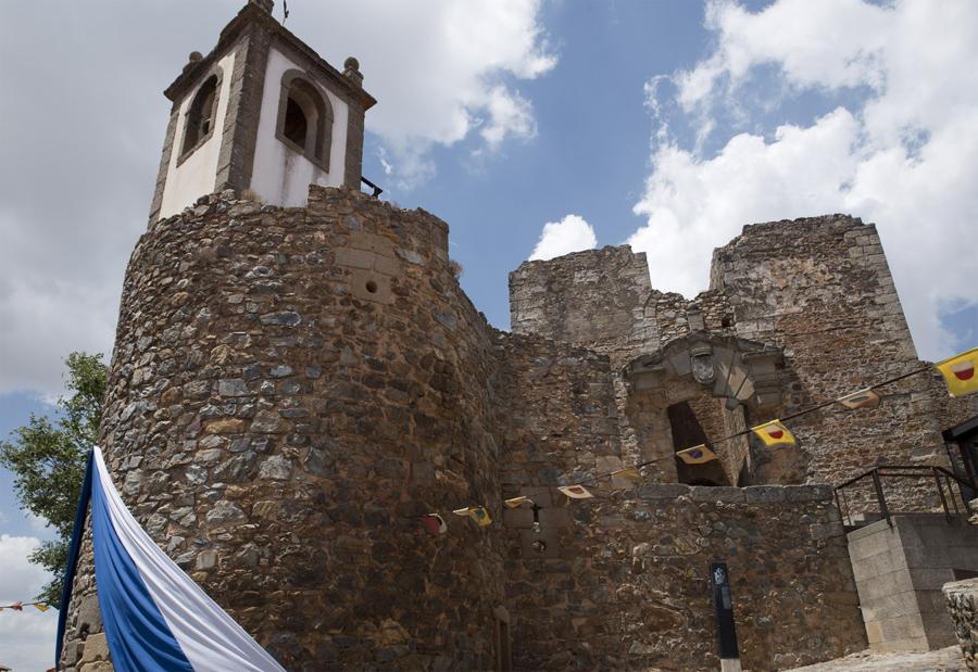 Castelo Rodrigo - entrada do Palácio