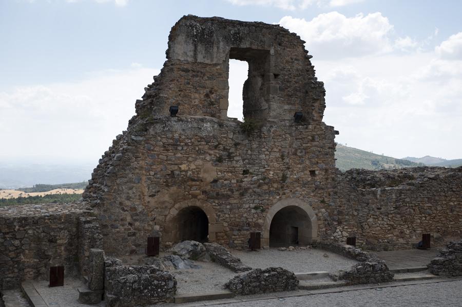 Ruínas do Palácio Cristóvão de Moura