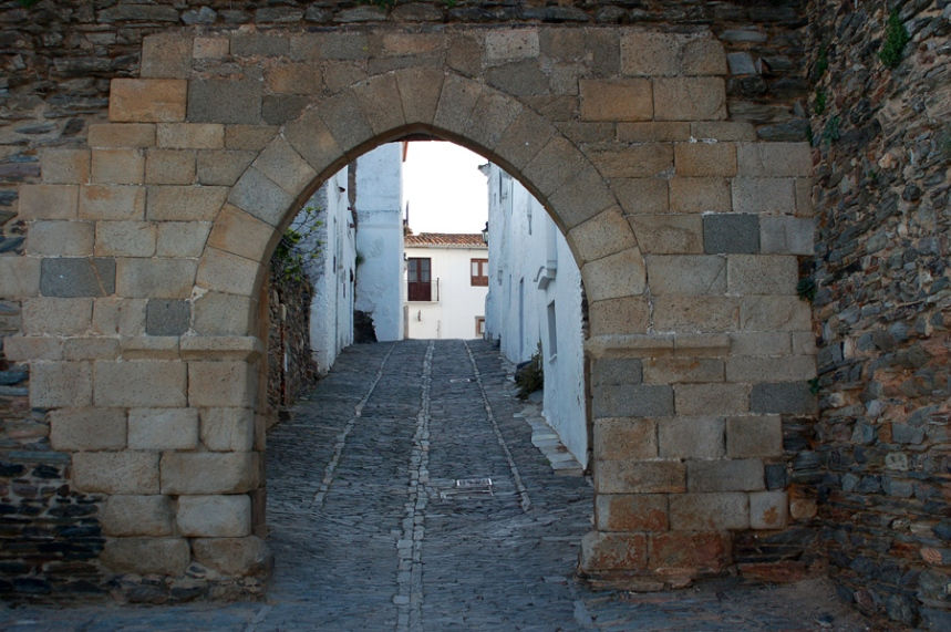 Entrada nas muralhas