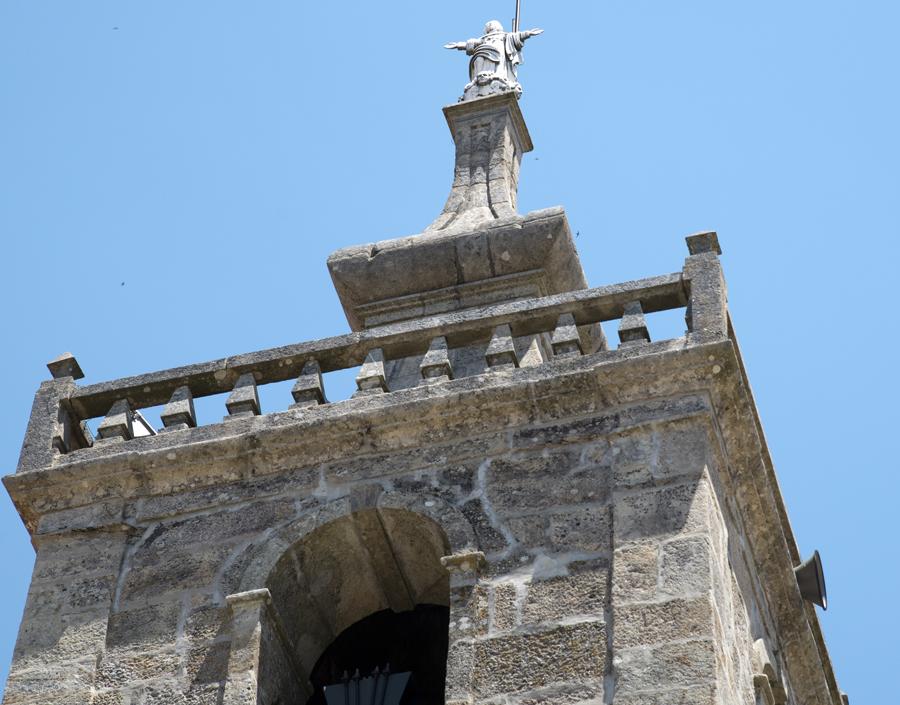 Cristo-rei no alto da torre
