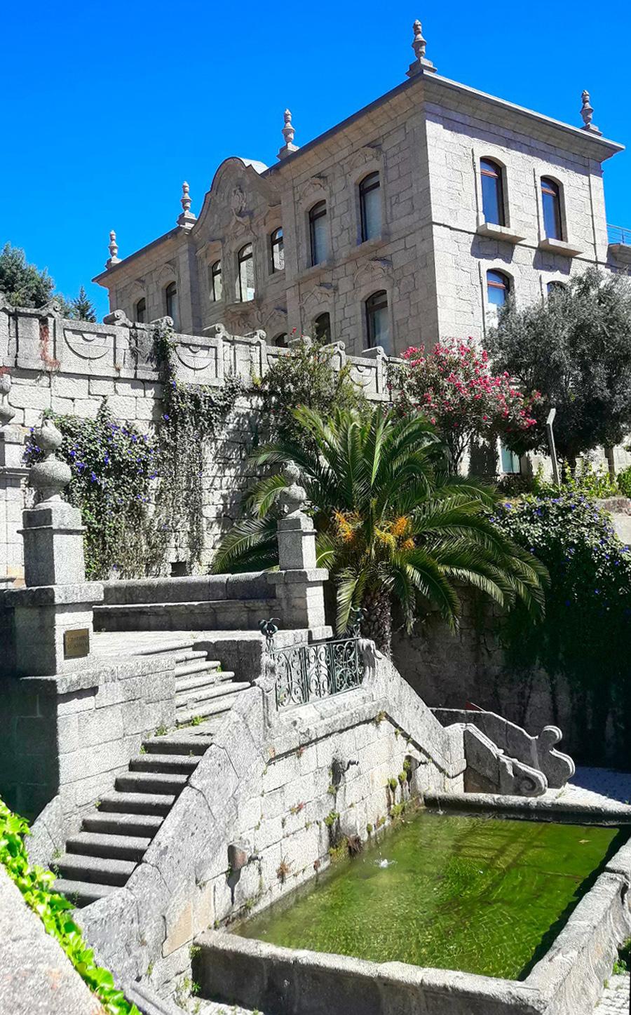 Palácio e chafariz D. João V ©Patrícia Tavares