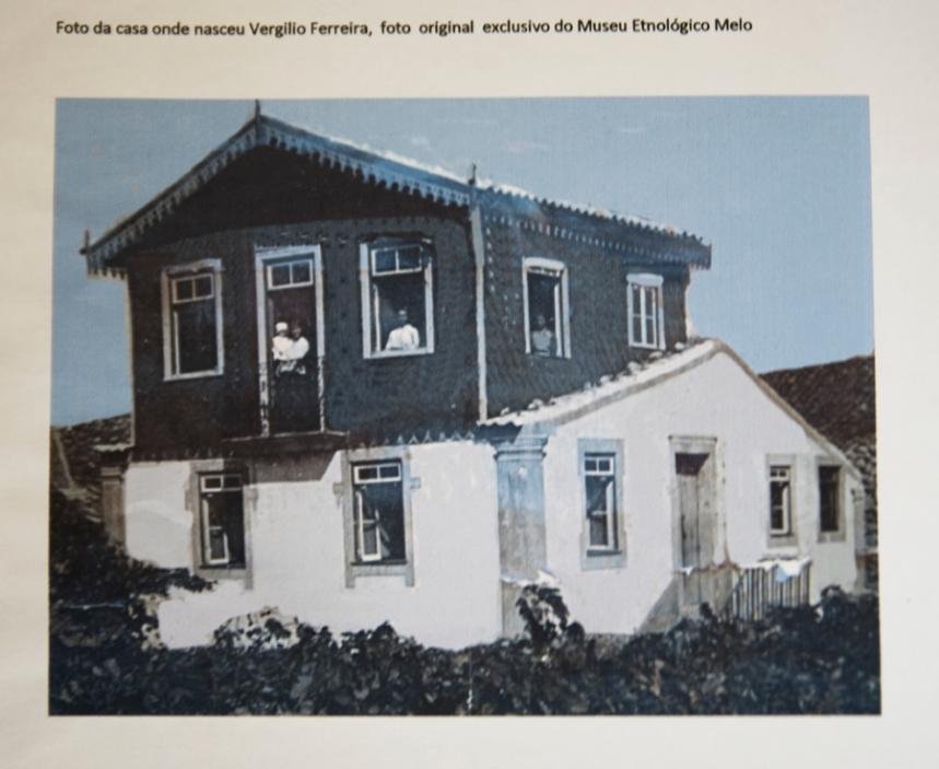 Foto da casa onde nasceu Vergílio Ferreira