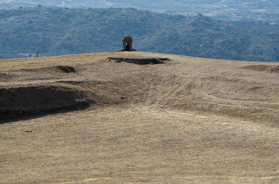 Vista para a serra e o vale do Côa