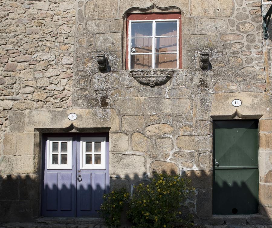Casa com janela manuelina
