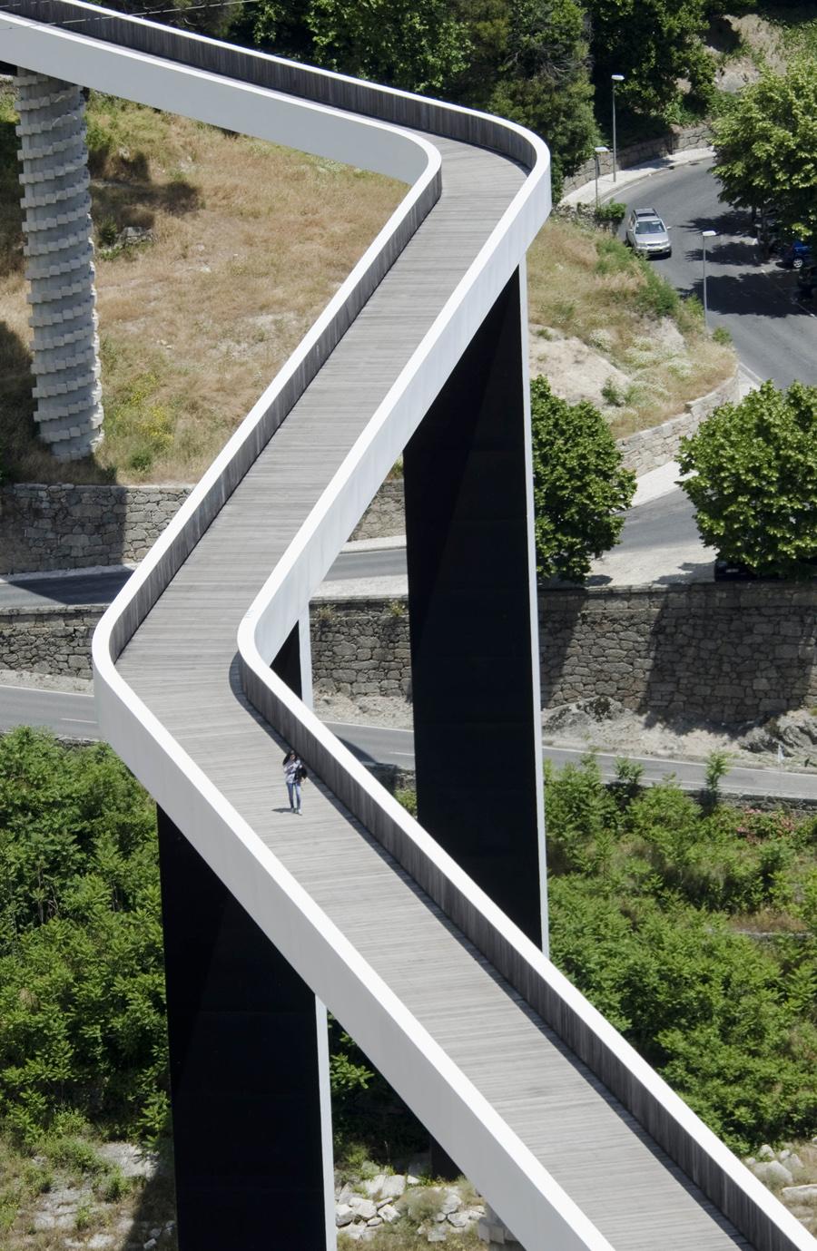 A ponte na zona central