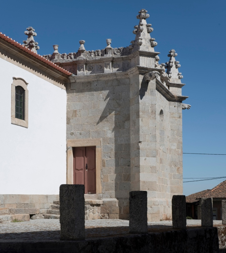 A igreja em estilo manuelino