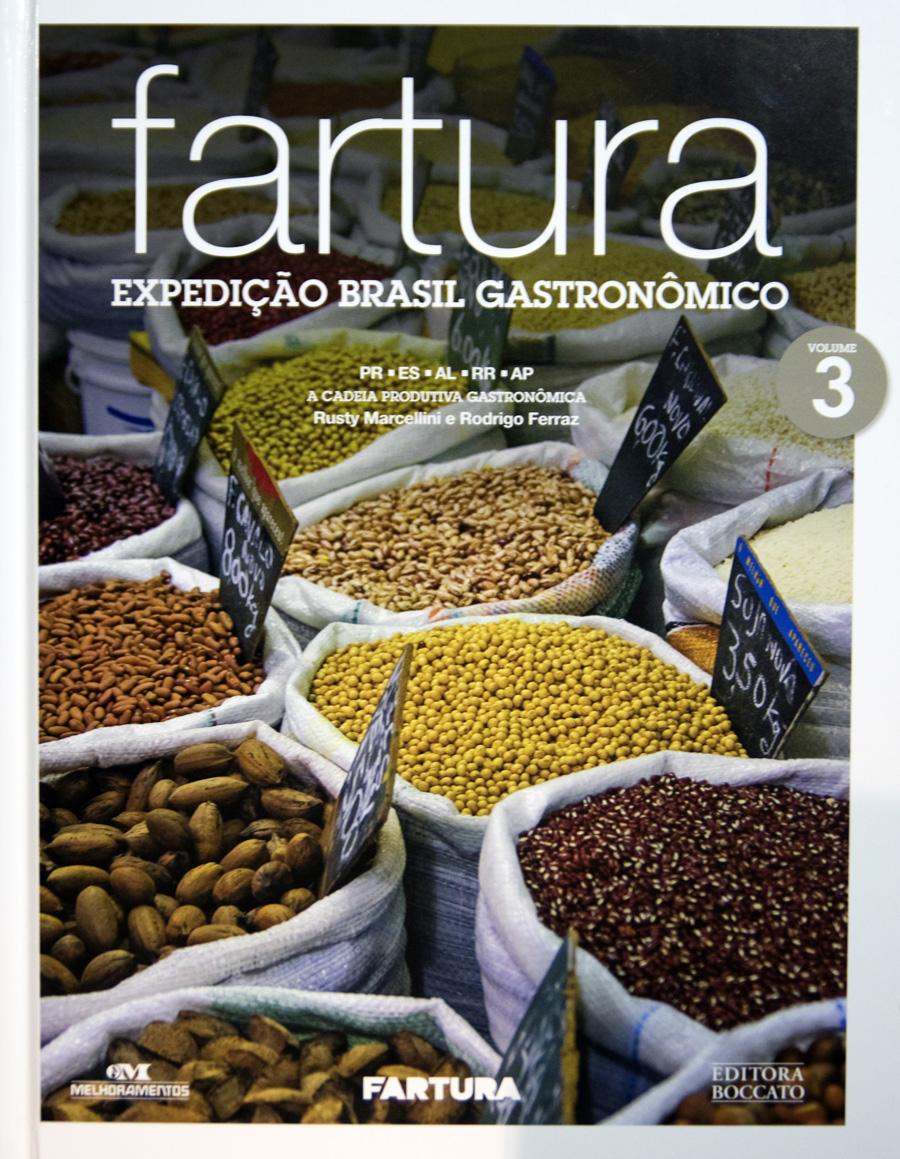 Uma das edições em livro da recolha gastronómica