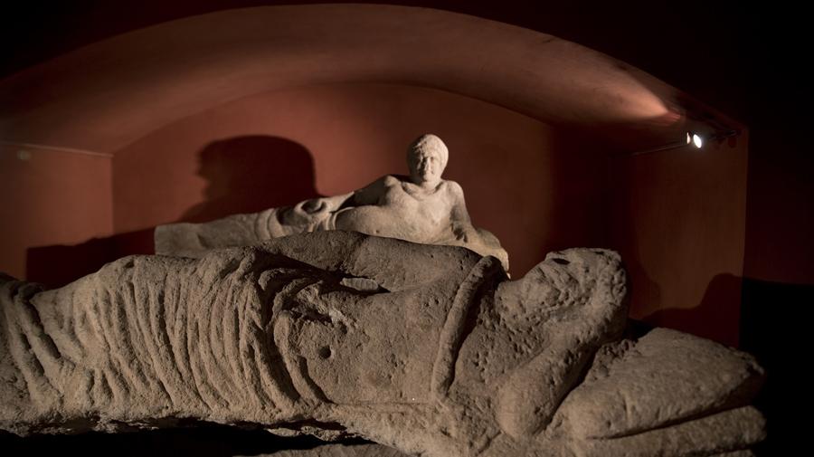 Sarcófagos etruscos