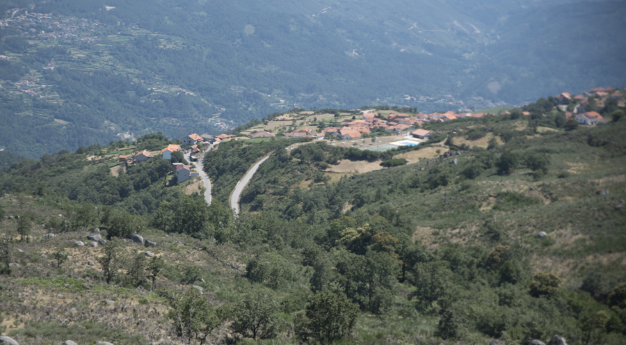 Vista para a Serra de Montemuro