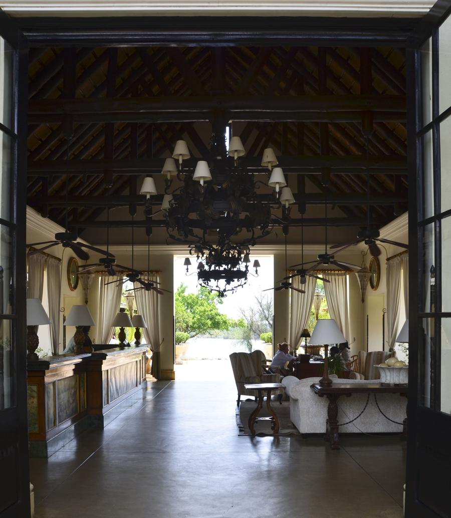 Receção do Royal Livingstone Hotel