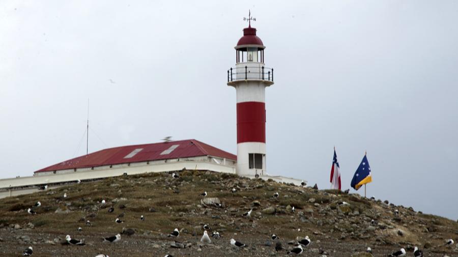 O farol é o ponto mais alto da ilha e onde termina o circuito para os turistas