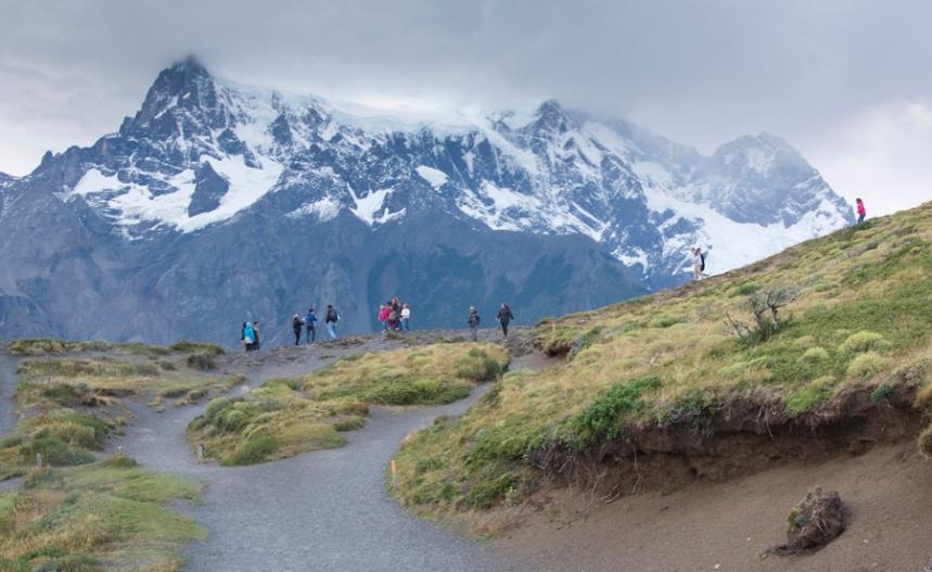 Grupo de turistas junto a Salto Grande