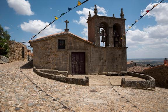 siteG_castelo_rodrigo_capela1a
