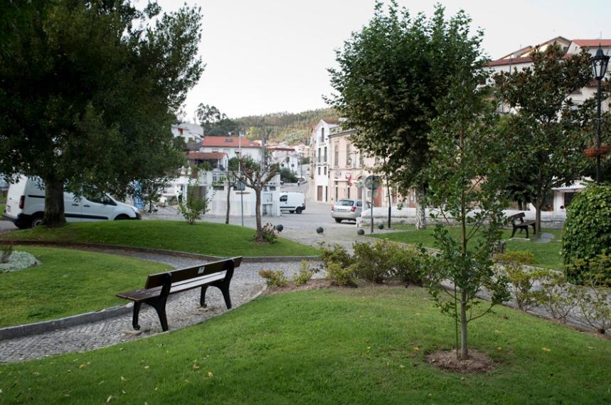 Jardim e zona circundante do Mosteiro