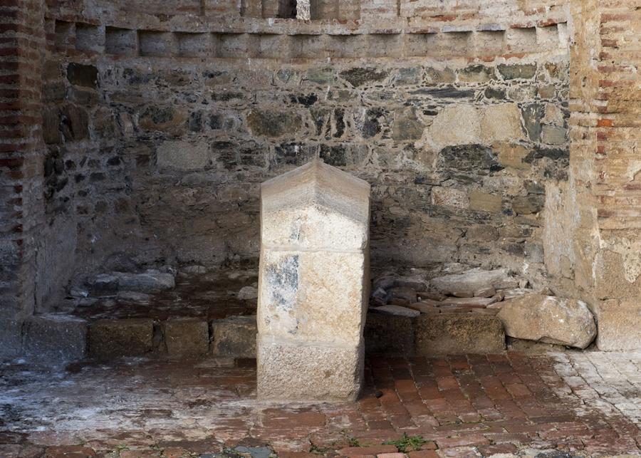 Túmulo de D. Nuno Martins Chacim