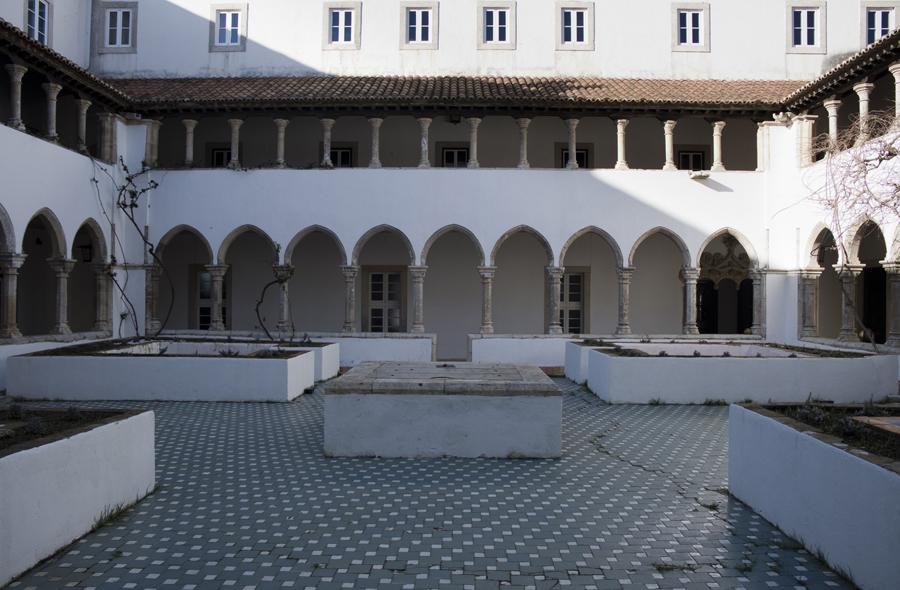 Claustro do Convento do Varatojo