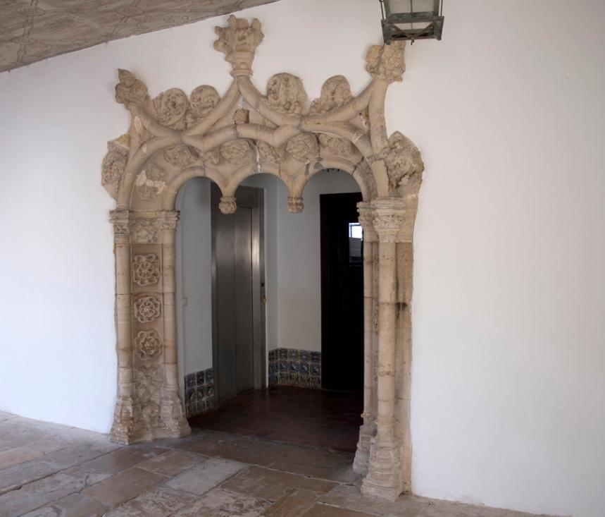 Portal manuelino
