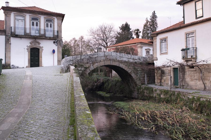 Rio Zela e a ponte romana