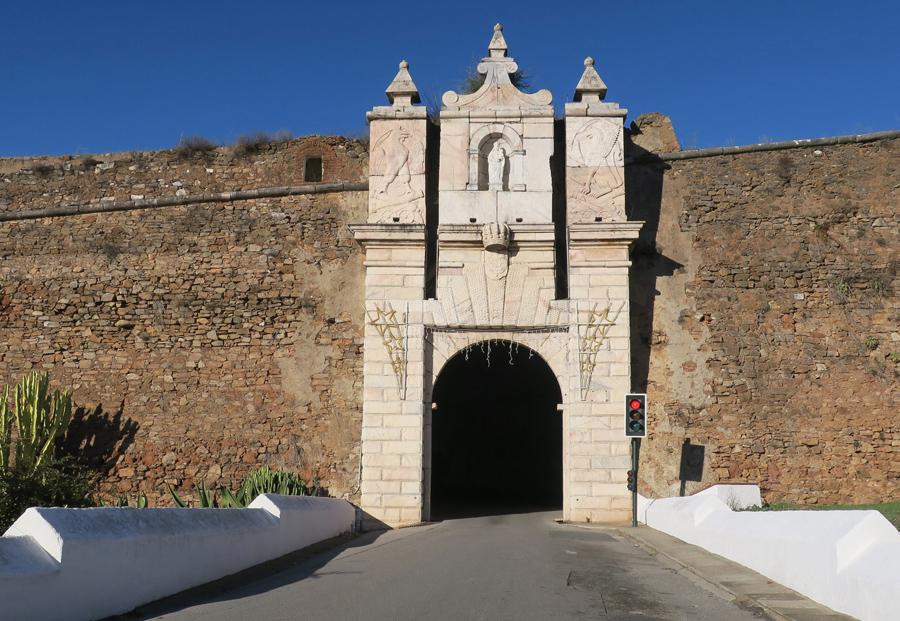 Uma das portas de entrada para Estremoz