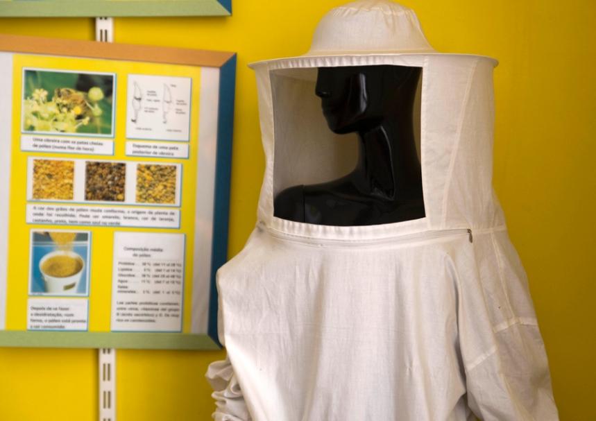 Equipamento usado pelos apicultores