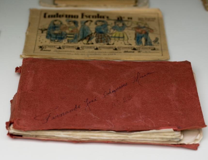 Livros e cadernos escolares de Salgueiro Maia