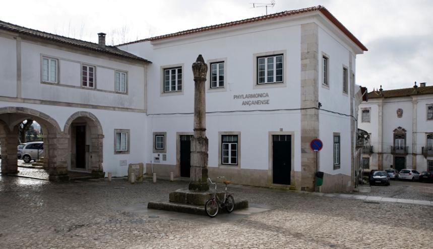 Palácio do Marquês de Cascais, pelourinho e Phylarmonica