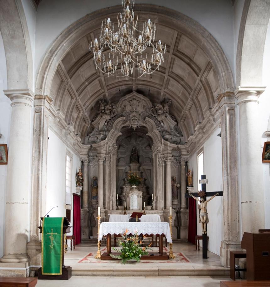 Altar da Igreja da Senhora do Ó