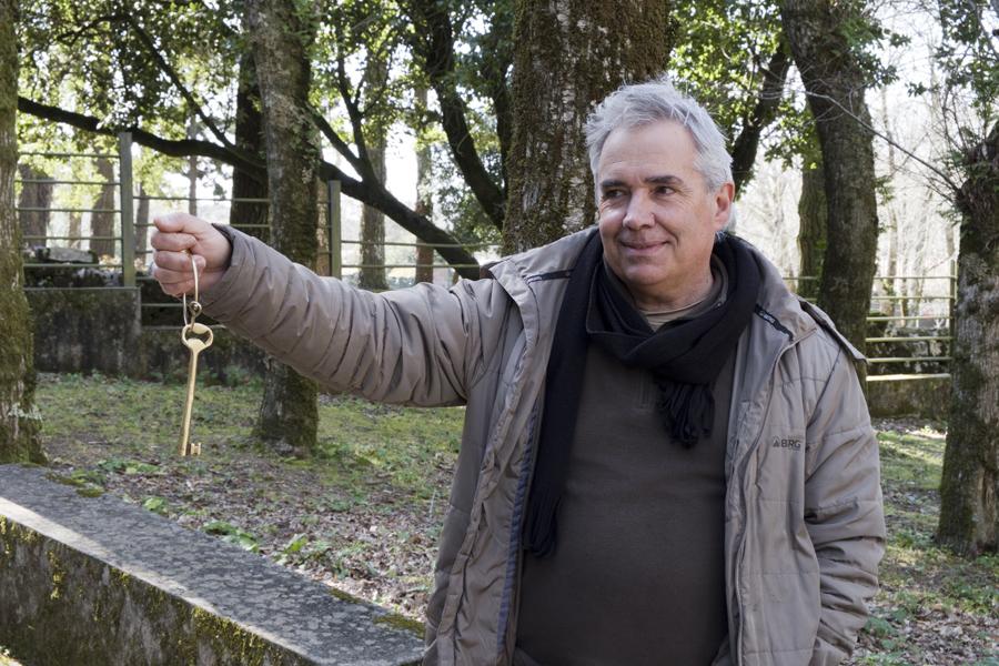 Carlos Ribeiro com a chave da Real Fábrica do Gelo