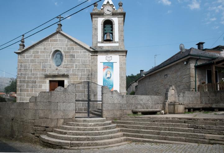 Igreja de Manhouce