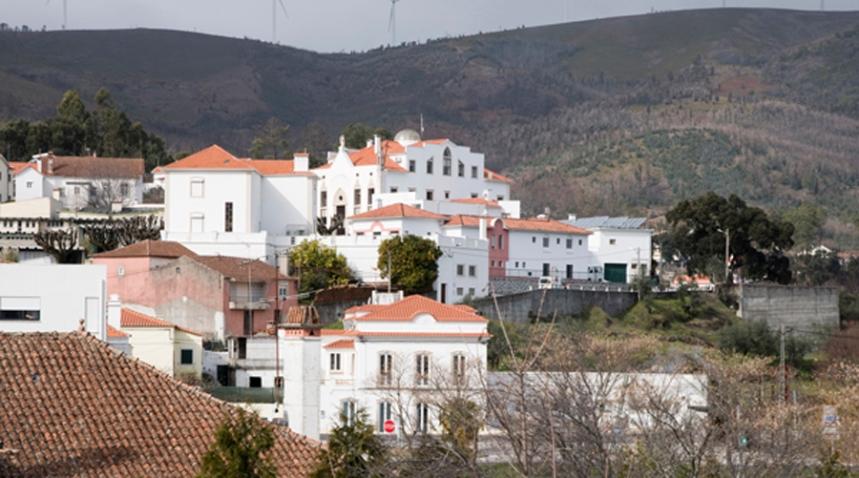 A serra vista de Castanheira de Pêra