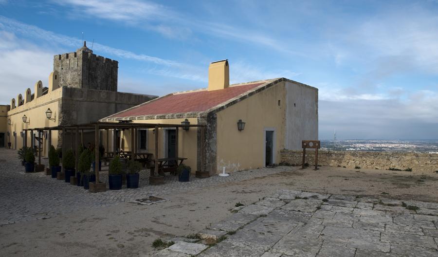 O castelo e a vista para Lisboa