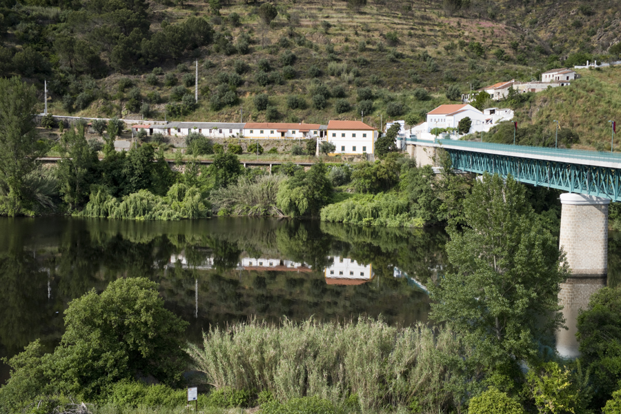 Ponte de Belver que faz a ligação ao Gavião